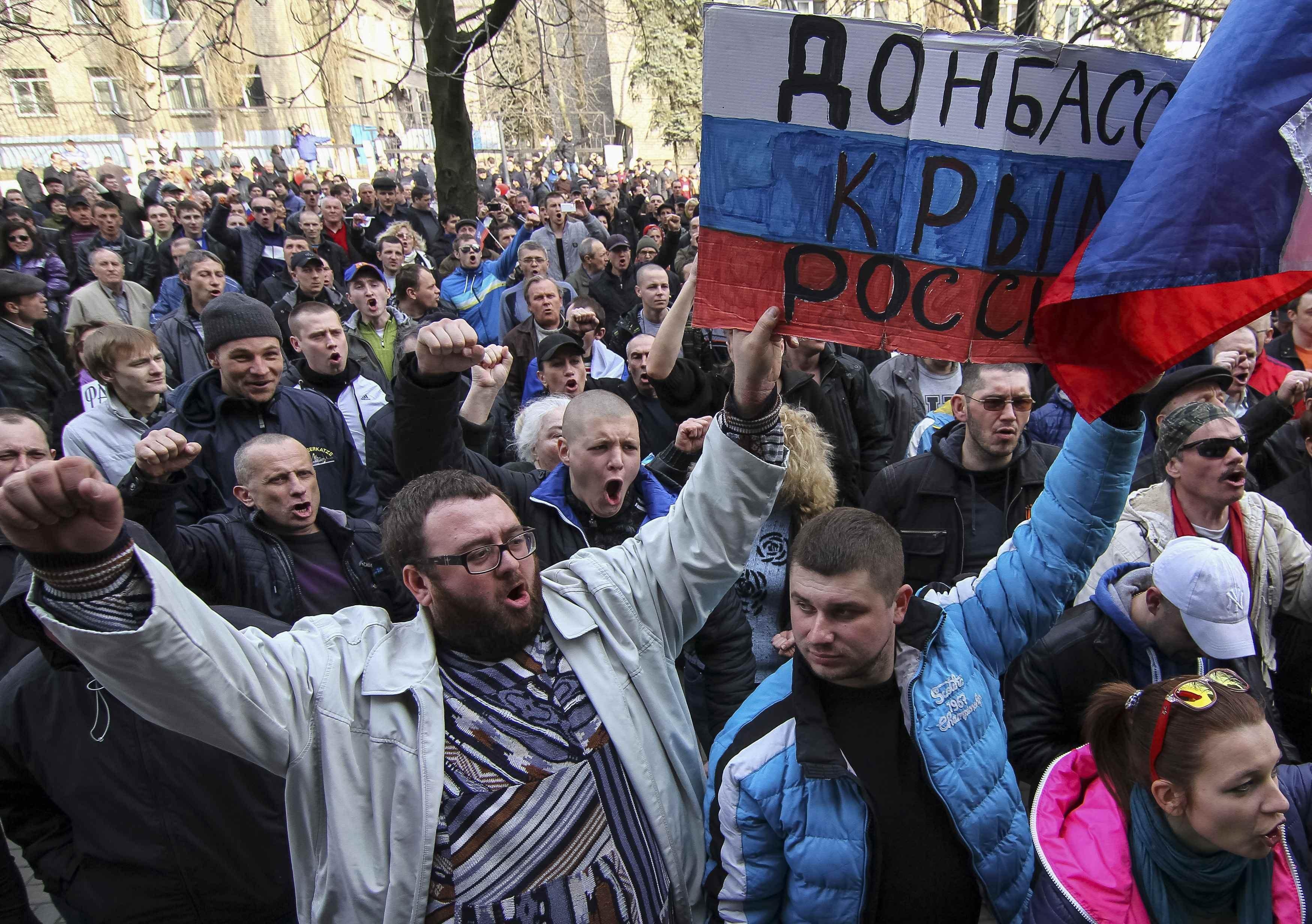 Соцвыплаты будут осуществляться только на подконтрольной Украине территории, - Кириленко - Цензор.НЕТ 6807